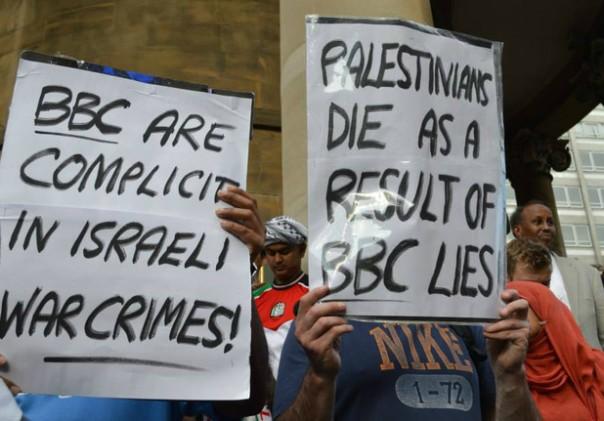 140716-bbc-protest