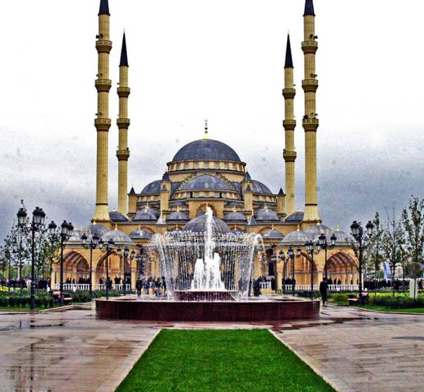 Akhmad_Kadyrov_Mosque_Grozny_Chechnya_003