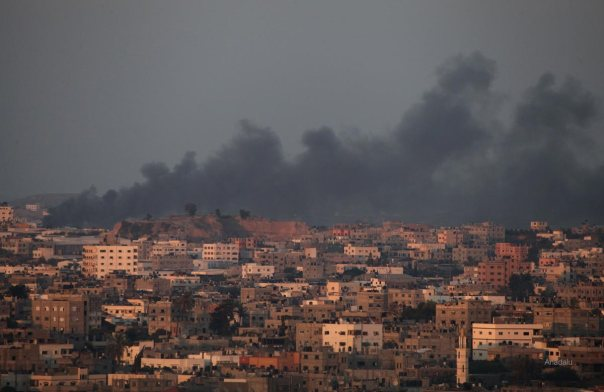 Israeli air strikes hit Gaza