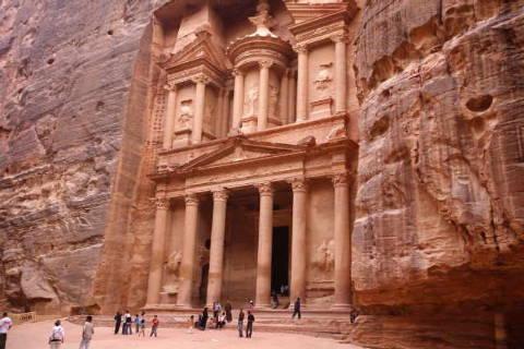 37_3017771~al-firaun,-felsengrab,-musa,-grabmal,-petra